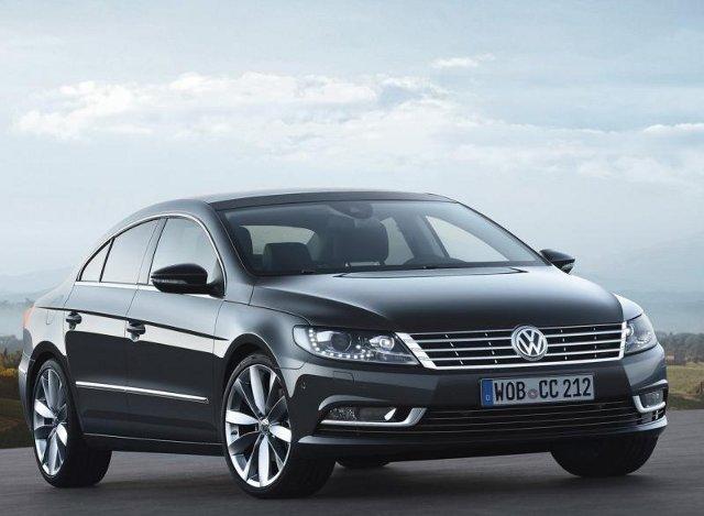 Фото Volkswagen Passat CC. Вид спереди.
