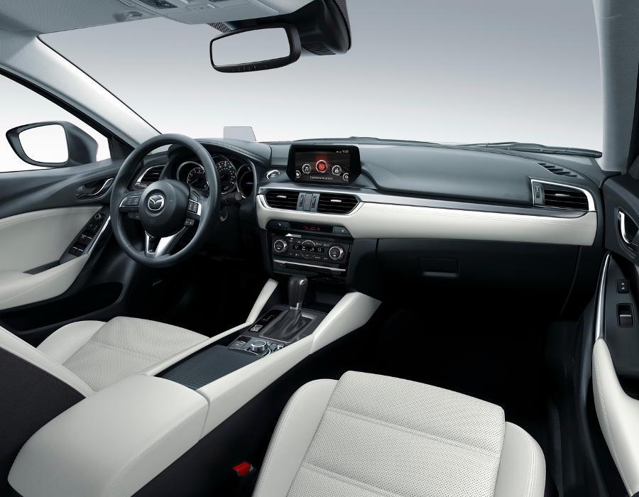 Фото салона Mazda 6 2015