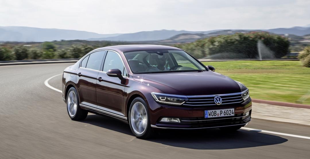 Компания VW в России начала приём заказов на обновлённую модель Passat