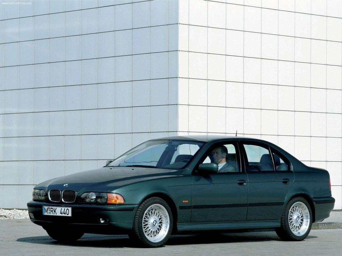 Фото BMW 540i