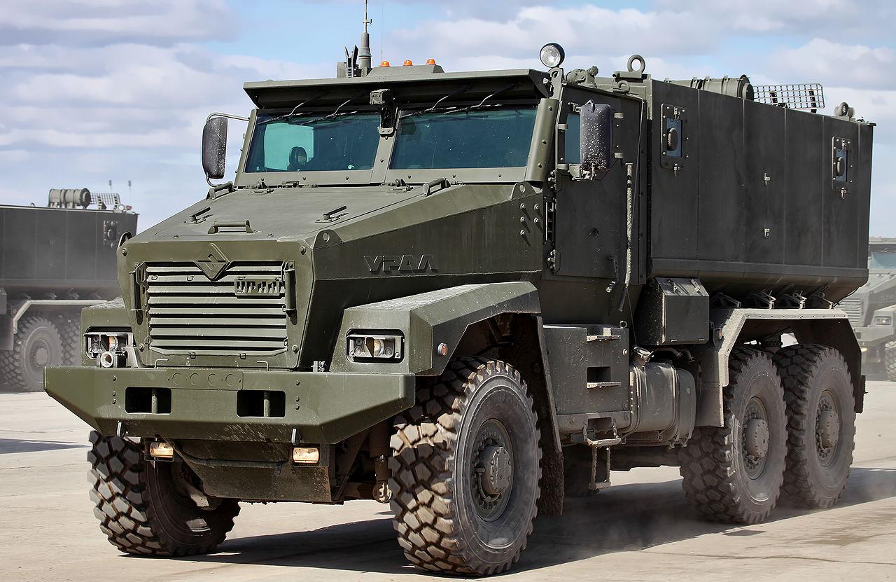 военные грузовики россии фото индустриальном