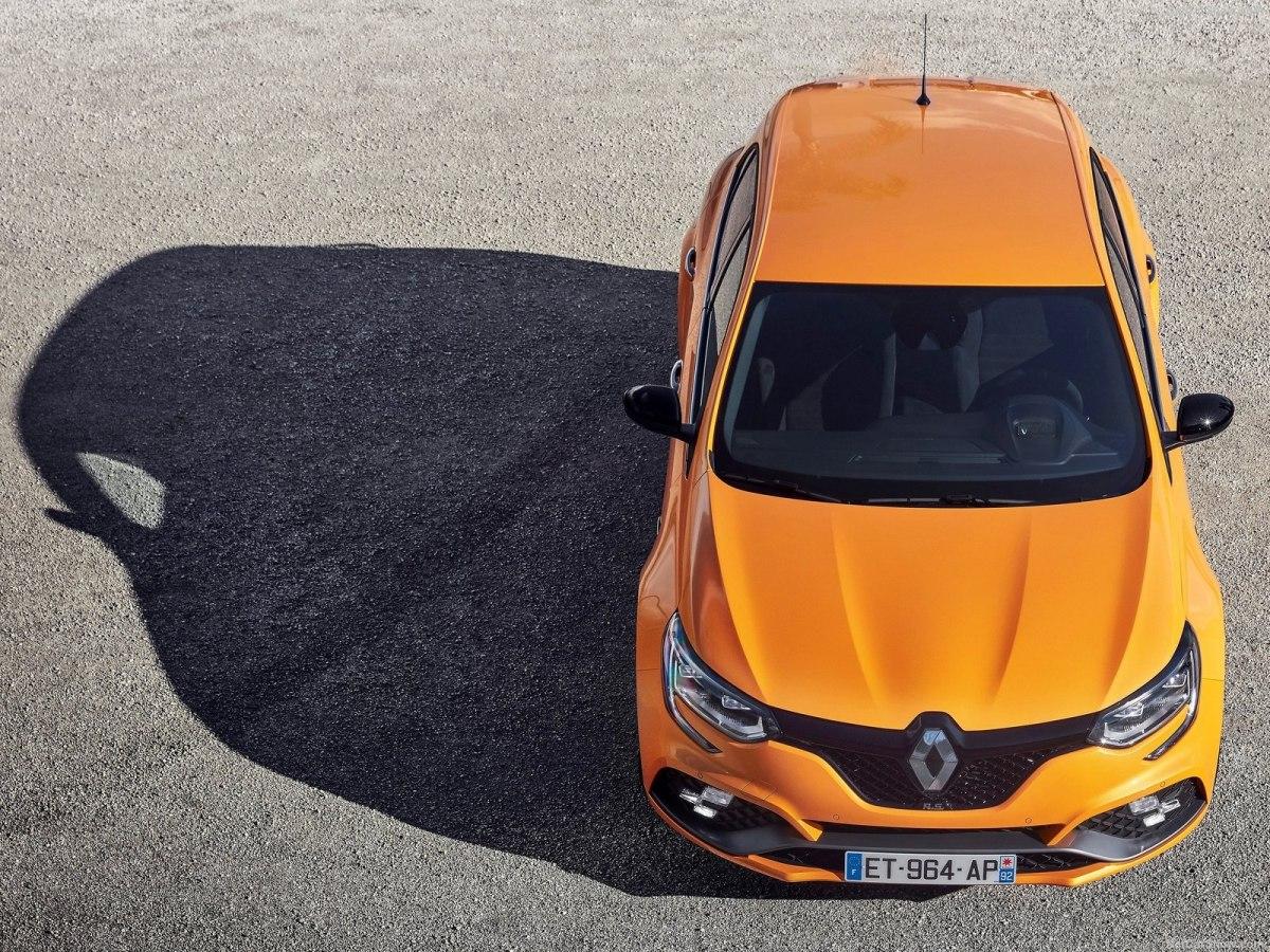 Renault Megane 2019 - обновленный динамичный хэтчбек