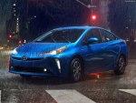Toyota Prius 2019 – популярный гибрид, которому еще предстоит покорить российский рынок