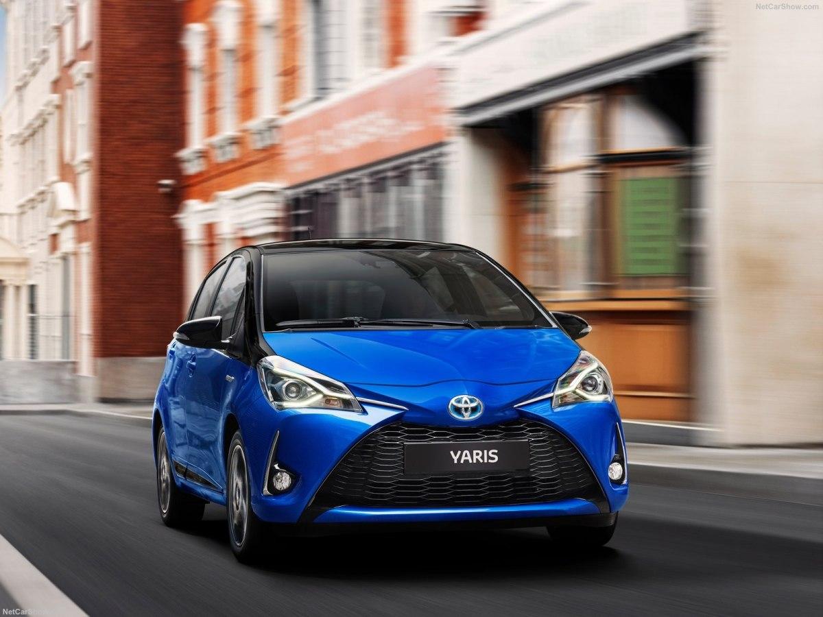 Toyota Yaris 2019 – небольшой автомобиль с экономичными вариантам двигателей