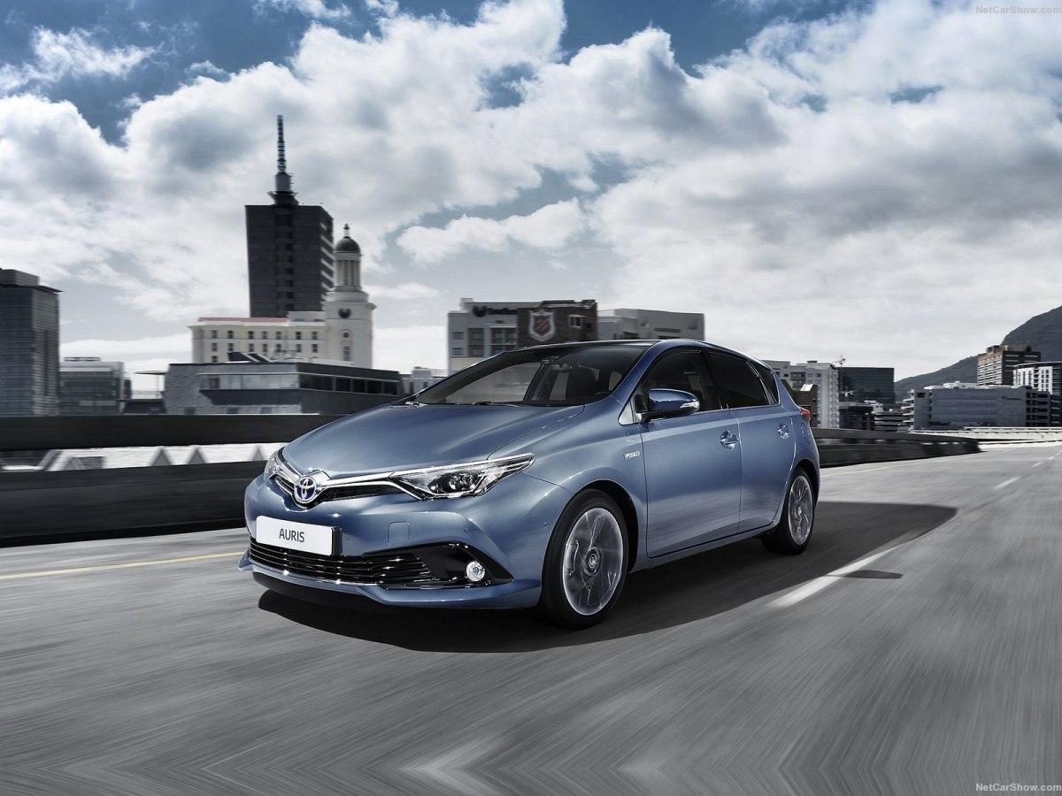 Toyota Auris 2019 – рестайлинг позволил автомобилю стать мощнее, привлекательнее, современнее