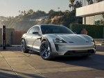 Porsche Taycan 2019 – классика, элегантность и практичность стали отличительными чертами этого автомобиля