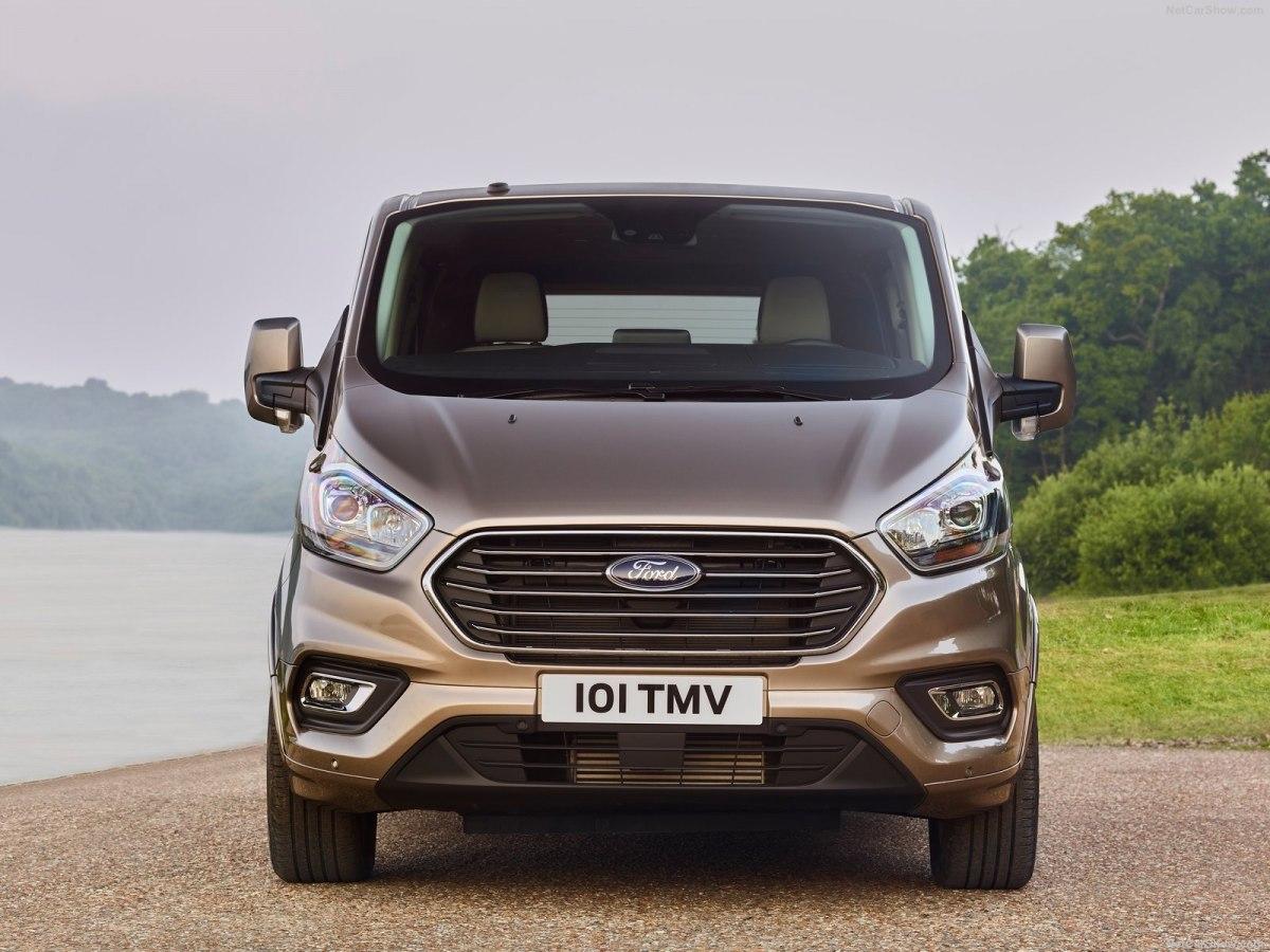 Ford Tourneo 2019 – вместительный, проверенный временем и теперь обновленный
