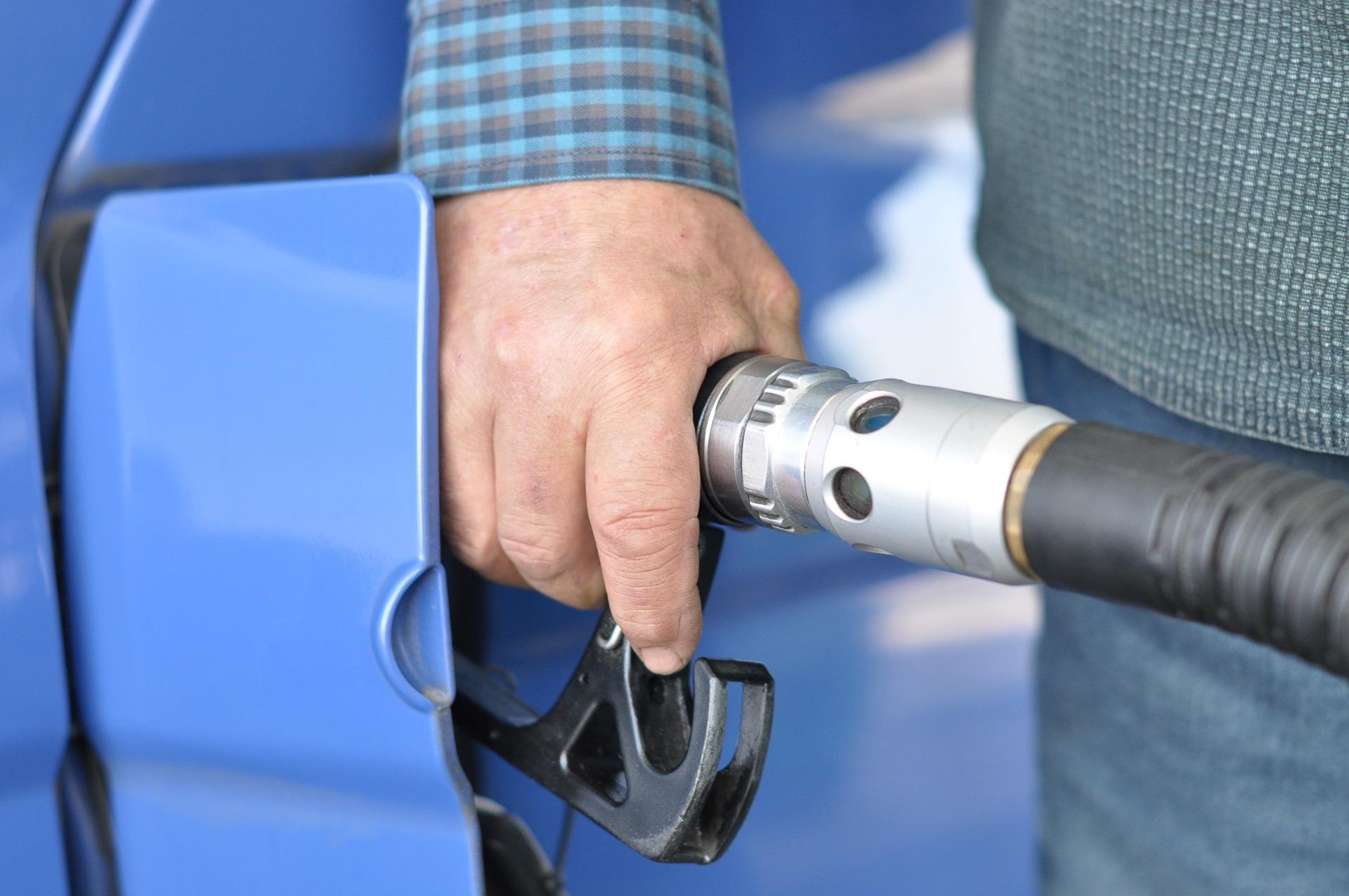 Как сэкономить топливо во время длительных поездок и путешествий?