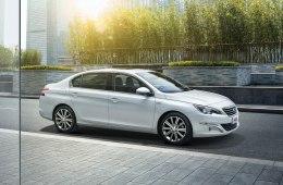 Peugeot 408 2020 года - доступный и недорогой в эксплуатации седан повышенной комфортабельности