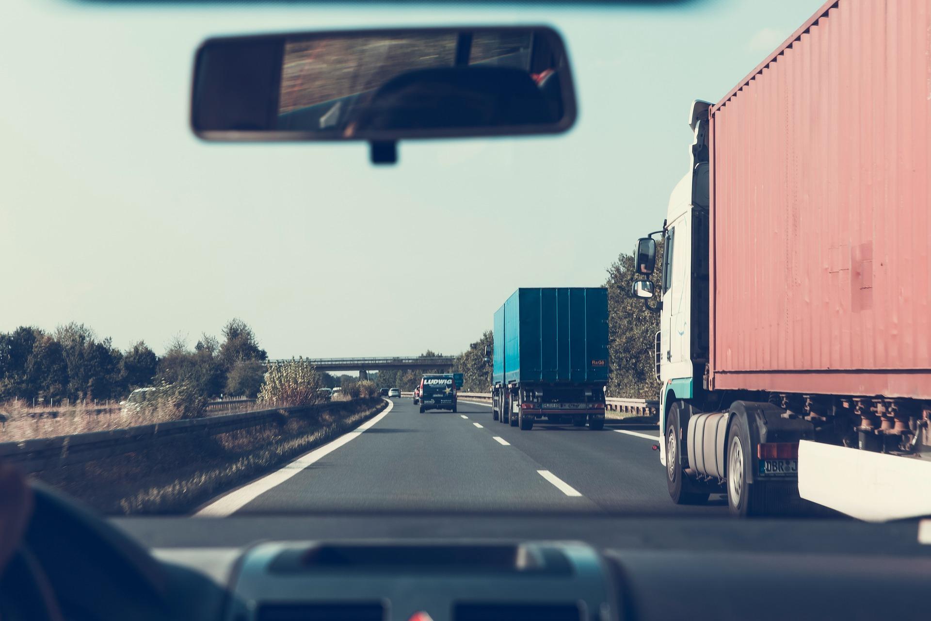 Начали действовать поправки к закону об уплате транспортного налога