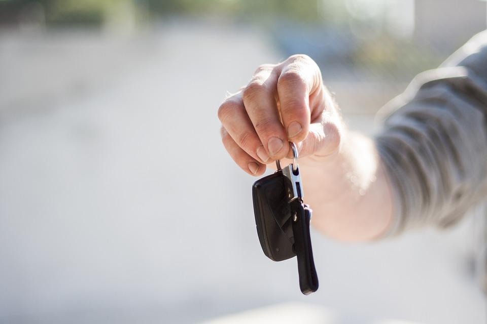 Как проверить деньги при продаже машины