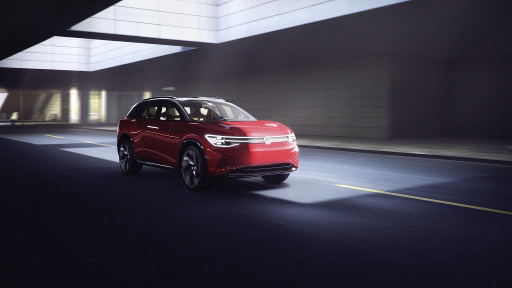 Новейший 7-местный кроссовер от Volkswagen «одели» в кузов от Peugeot. Опубликованы первые официальные фото