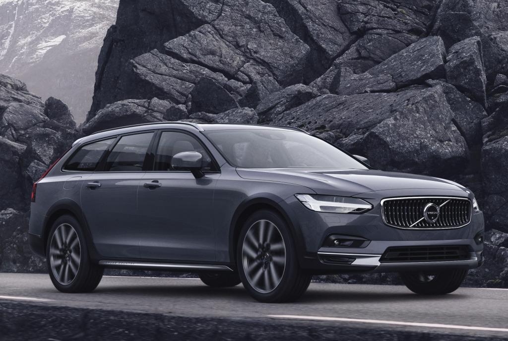 В России начались продажи обновлённых Volvo S90 и V90 Cross Country