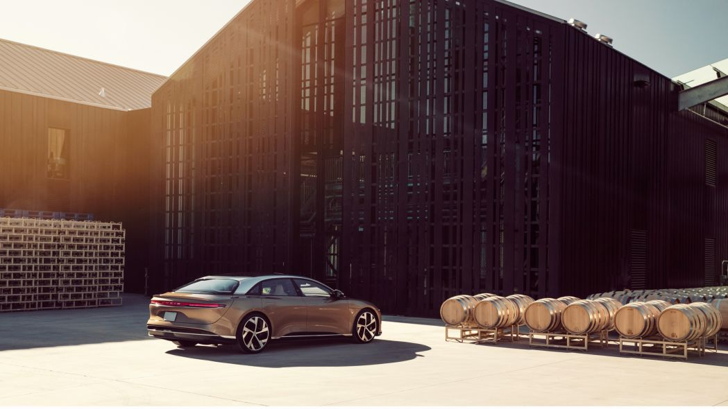 У Tesla Model S появился конкурент в виде 1000-сильного седана с самым просторным салоном среди всех седанов