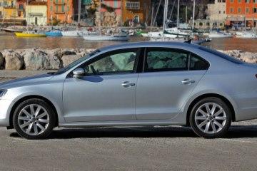 Фольксваген Джетта (Volkswagen Jetta) - Вид сбоку