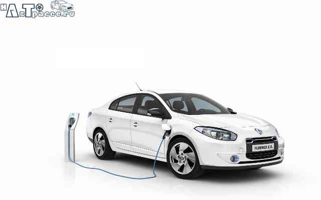 Фото новый Renault Fluence