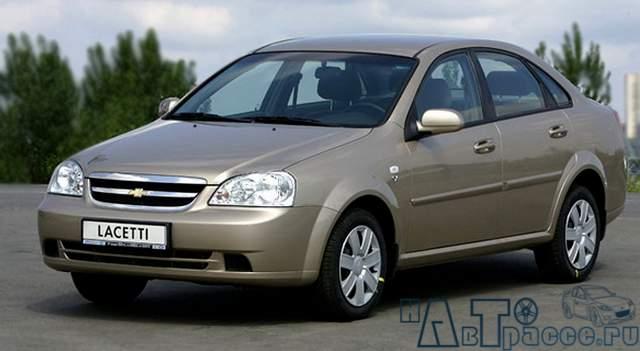 Фото Chevrolet Lacetti (Шевроле Лачетти) - Вид спереди