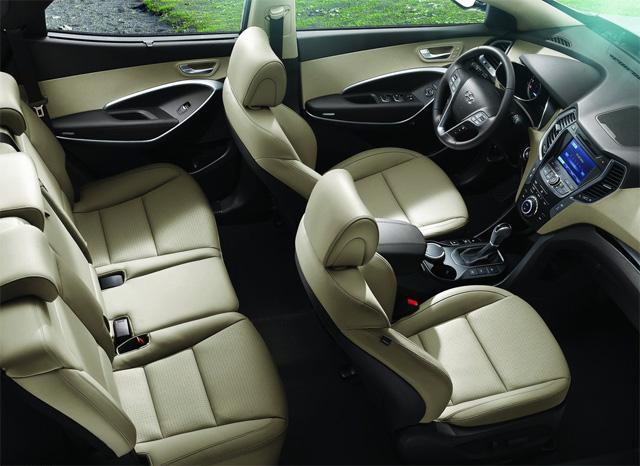 Фото салона Hyundai Santa Fe 2013