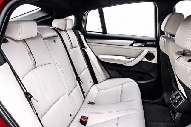 Задние сидения нового БМВ Икс 4