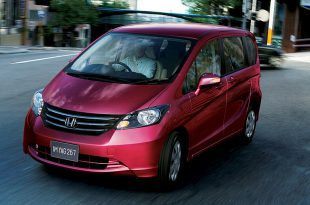 Фото Honda Freed Spike