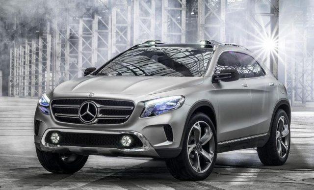 Фото Mercedes GLA 2015