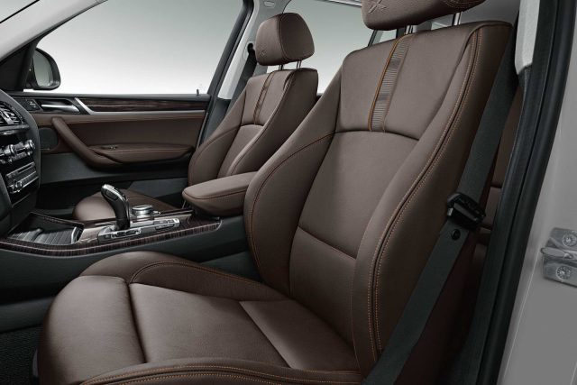 Фото салона BMW X3 2015-2016