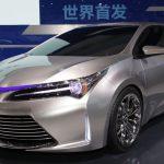 Toyota «случайно» рассекретила обновленную Toyota Corolla 2015-2016
