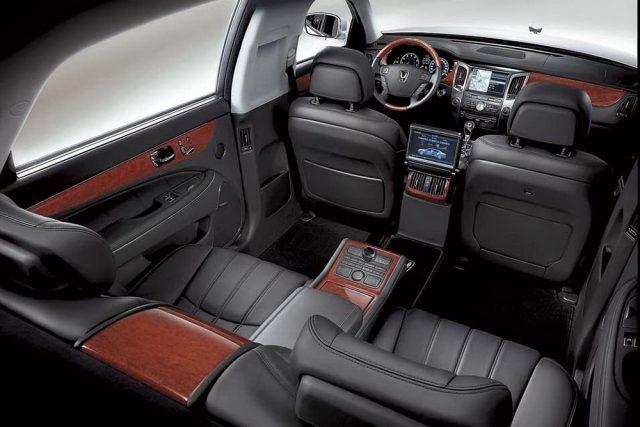 Фото салона Hyundai Equus Royal Limousine