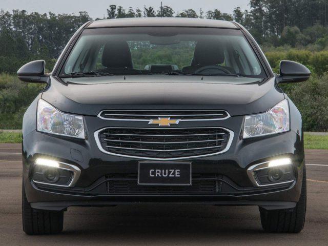 Фото Chevrolet Cruze 2015-2016 седан