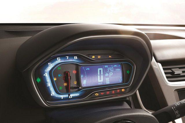 Фото салона Chevrolet Aveo 2015-2016