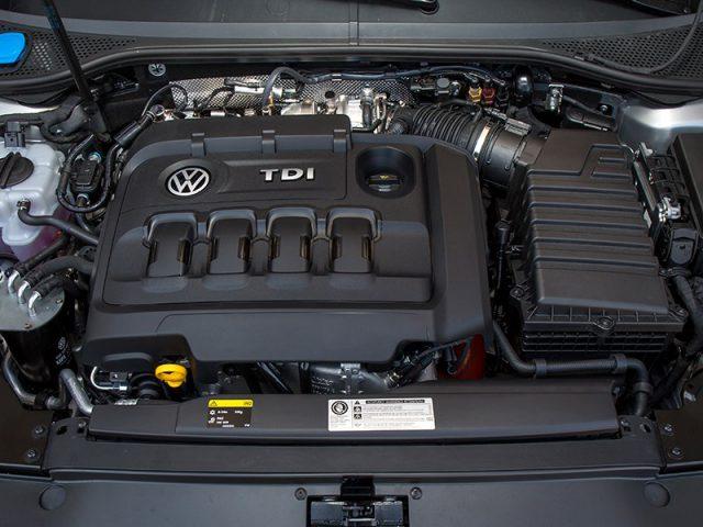 Фото двигателя Volkswagen Passat 2015-2016