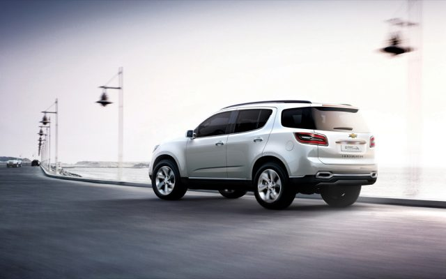 Фото нового Chevrolet Trailblazer 2015-2016