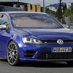 На гоночной трассе в Германии был замечен новый VW Golf R420