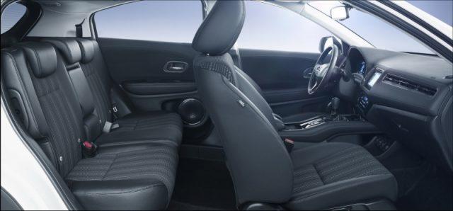 Фото салона Honda HR-V 2015