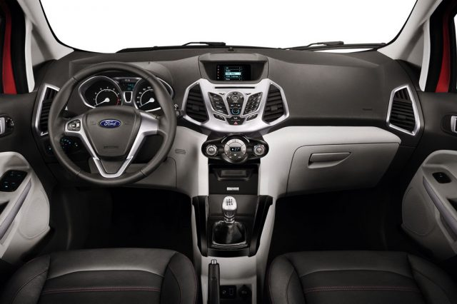 Фото салона Ford Ecosport 2015