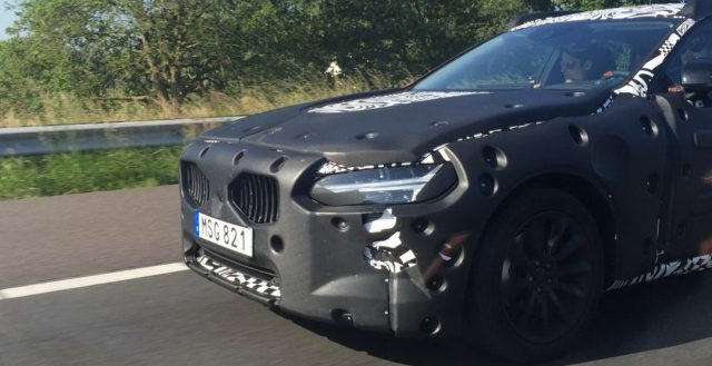 Новинка S90 от Volvo тестируется в Нидерландах