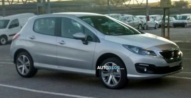 Автомобильные фотошпионы выложили на обозрение аргентинскую версию нового Peugeot 308