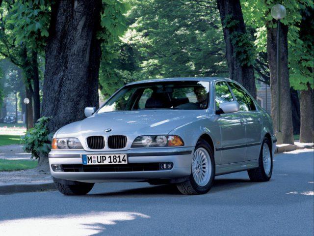 Фото BMW E39 2003