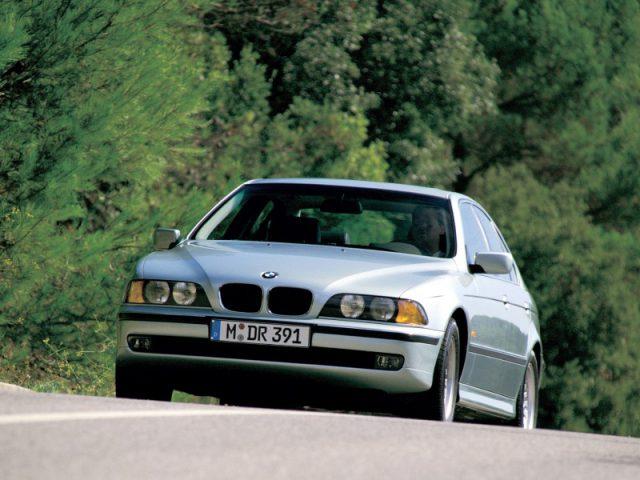 Фото BMW 5-Series E39 2003