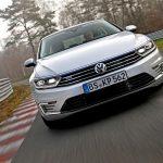 VW Passat GTE 2015-2016: начались продажи автомобиля