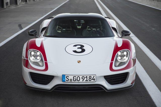 2015 Porsche 918 Spyder _23_