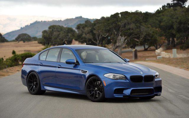 Фото BMW M5 2015