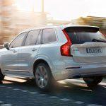 Машины Volvo смогут извещать друг друга о состоянии путей и о погоде.