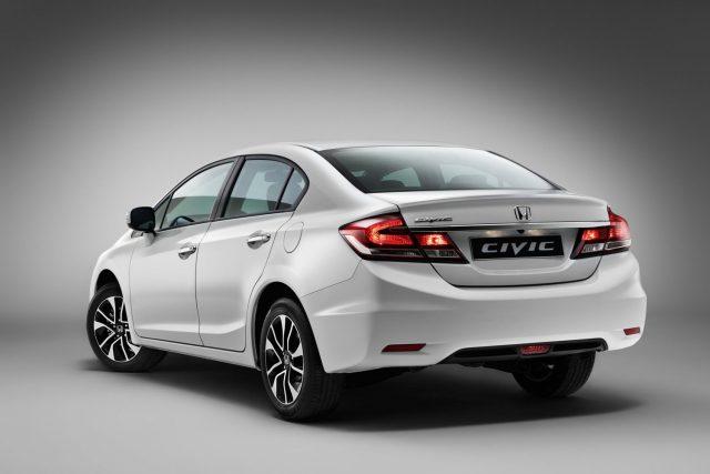 Хонда Цивик 4Д 2015-2016 ЕХ вид сзади