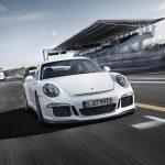 Porsche 911 2015-2016: легенда немецкого автопрома