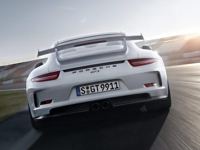 Posche 911 GT RS 2015-2016 вид сзади