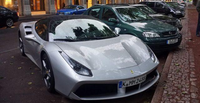 Фото Ferrari 488 GT