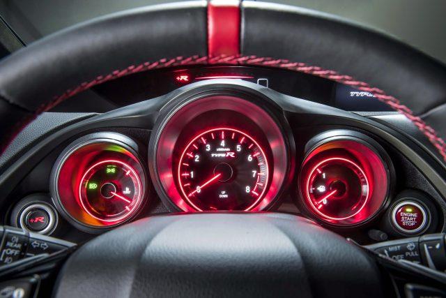 Фото салона Honda Civic Type-R 2016-2015