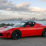 Стали известна некоторая информация относительно обновленной модели Tesla Roadster