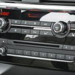 Как выбрать правильно магнитолу в автомобиль?